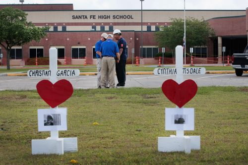 School year begins Monday at Texas school where gunman killed 10