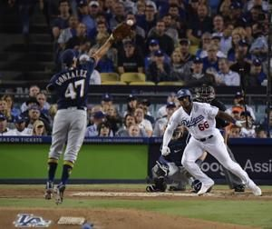 Bellinger lifts Dodgers over Brewers 2-1 in 13 to tie NLCS
