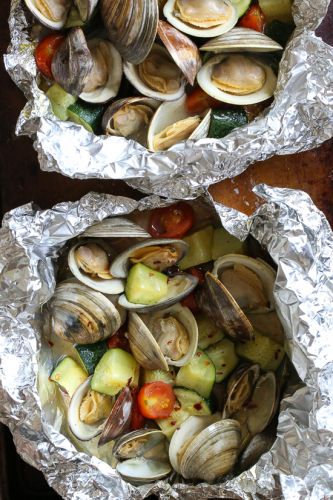 Grilled Clams in Foil