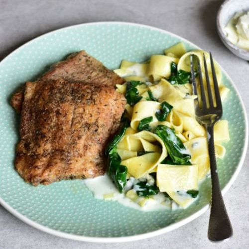 Fish with gorgonzola spinach
