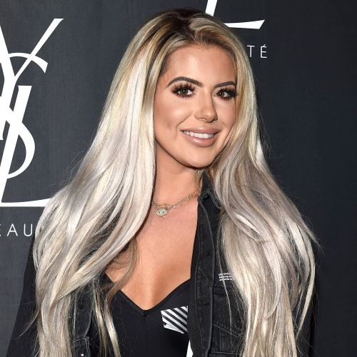Brielle Biermann Says She Has a 'Ton' of Guys in Her DMs But They're All 'Boring': 'I Need Some Excitement'