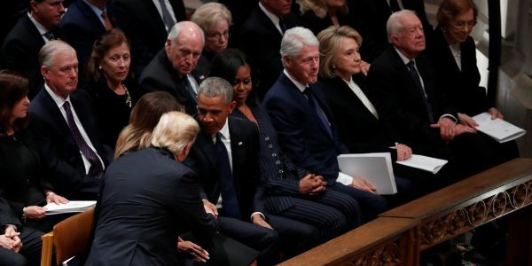 Trump and the Clintons completely ignore each other at George HW Bush's funeral
