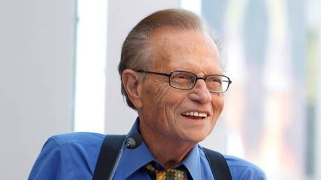 Fellow journalists mourn Larry King, sharing favorite moments from his legendary career