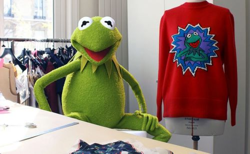 Sandro finds new muse in Kermit the Frog