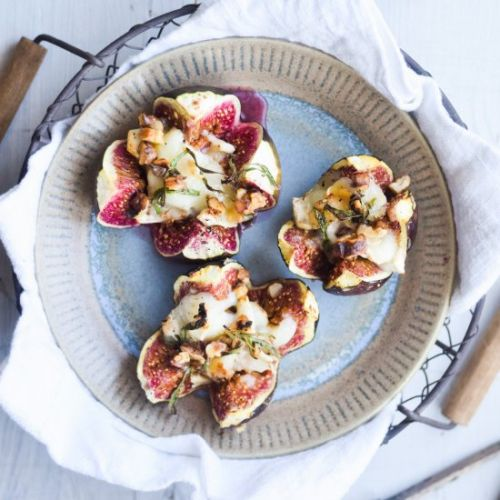Baked Figs with Goat Cheese