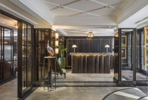 Mayfair Townhouse Celebrates the New Era of the Dandy