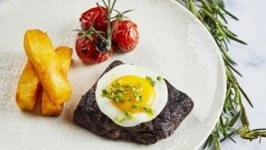 The Culinary Team at Steak House at Four Seasons Hotel Shanghai Thinks You Deserve a Better Lunch