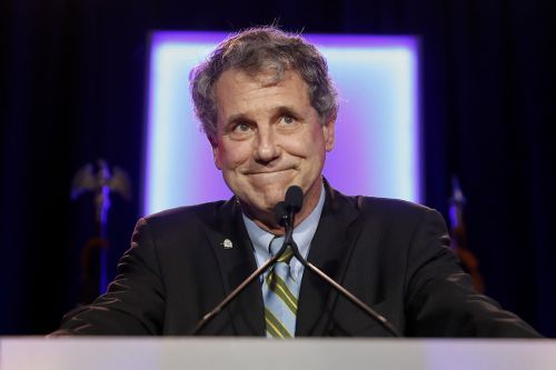 Sherrod Brown throws support behind trade deal
