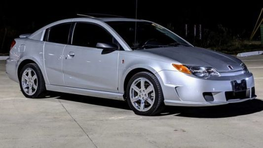 At $4,500, Could You Get Revved Up Over This 2005 Saturn Ion Redline?
