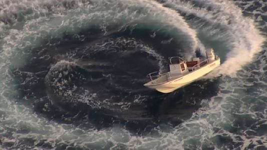 1 boater dead, another missing after speedboat found spinning in circles