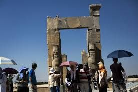 Within few weeks, Iran all set to attract 2 million Chinese tourists by offering visa-free entry!