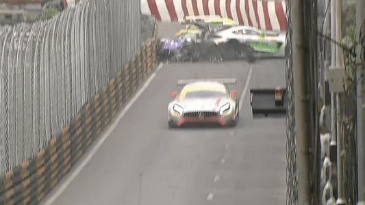 Huge First-Lap Pile-Up Consumes Most Of The Macau Grand Prix Field