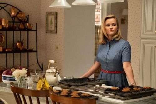 Reese Witherspoon & Kerry Washington's 'Little Fires Everywhere' Salaries Are Far From Little