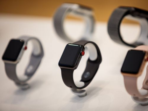 Walmart is offering $80 off the Apple Watch Series 3 for a limited time