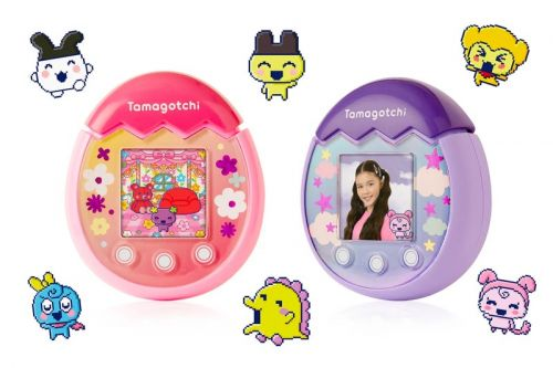 Bandai's New Tamagotchi Pix Lets You Take Selfies With Your Digital Pet