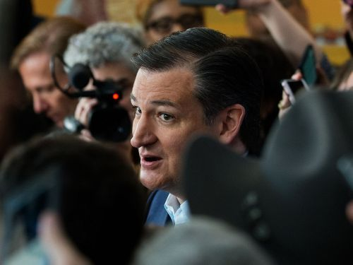 Protesters Heckle Ted Cruz Until He Exits D.C. Restaurant