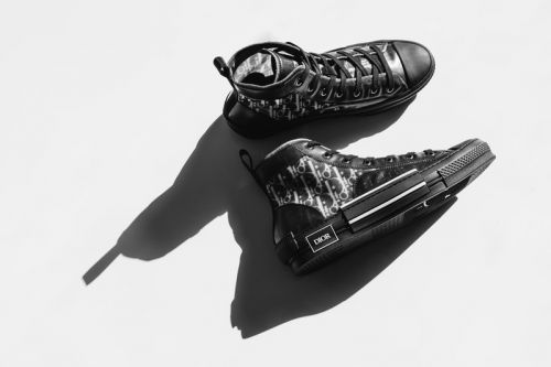 """An Exclusive Look at Dior's B23 High-Top Sneaker in """"Black Oblique"""""""
