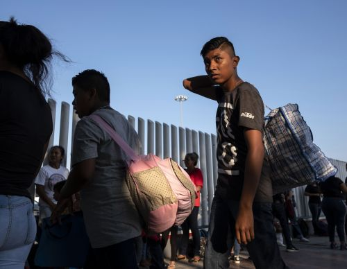 Trump threatens to pull aid from Central American countries protected by TPS