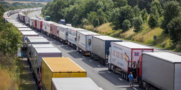 British trucks would be blocked from entering Europe under no-deal Brexit, industry leader warns