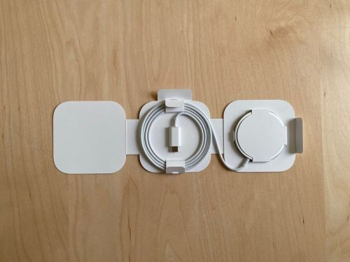 This is the only - 3D printed - MagSafe and Apple Watch stand you need