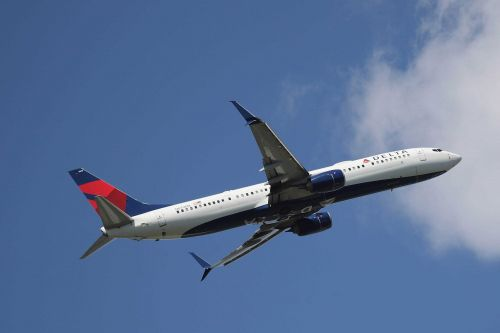 Teacher suing Delta for jet fuel dump says she worries about the health of her students
