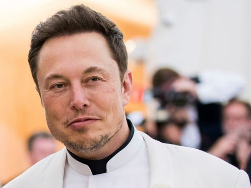 Elon Musk says he works 120 hours a week, so we did the math to figure out exactly how much his time is worth