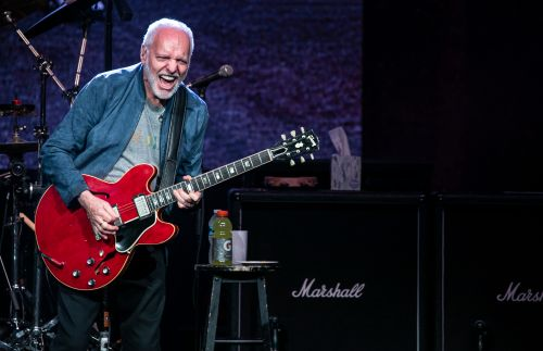 Peter Frampton comes alive once more in NYC farewell