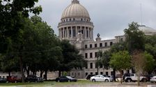 26 Lawmakers Test Positive In Coronavirus Outbreak At Mississippi Capitol