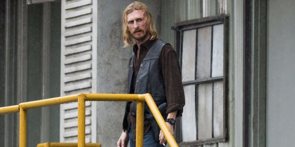 'The Walking Dead' actor talks the season 8 premiere: Dwight 'has to make some high-stake decisions'