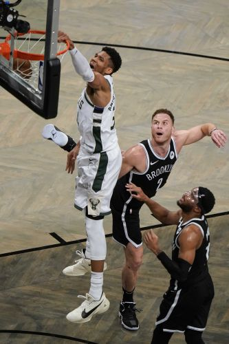 Milwaukee Bucks advance to Eastern Conference finals