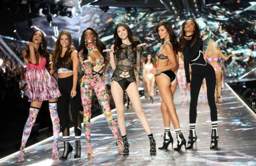 The Moments You Don't Want To Miss From The Victoria's Secret Fashion Show