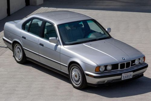 Would You Buy This 1991 BMW M5 With Almost 250,000 Miles?