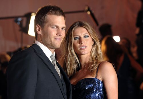 Brady, Gisele celebrate Patriots' dominant playoff win over Chargers
