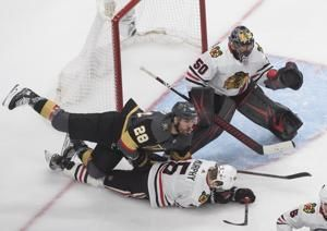 Smith scores in OT, Vegas takes 2-0 series lead on Chicago