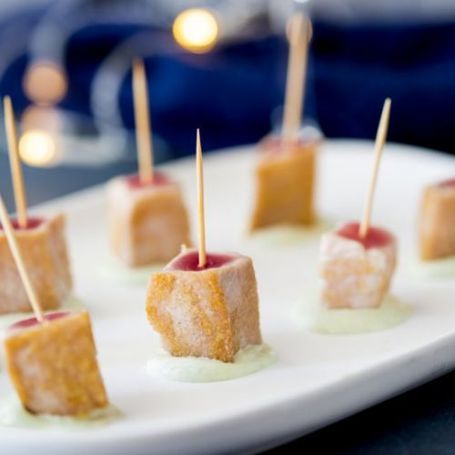 Seared Tuna Skewers w/ Wasabi Cream