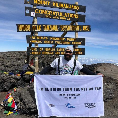 Former Raven Haloti Ngata announces retirement from NFL on Mount Kilimanjaro