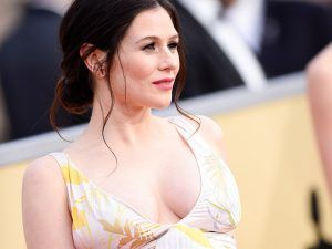 This Orange Is The New Black Star Just Showed Off Her Baby Bump On The Red Carpet