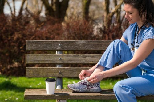 Brooks Running to Provide 10,000 Pairs of Shoes to Healthcare Workers