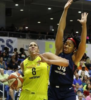 Cambage breaks WNBA 2-game scoring mark with 88 points