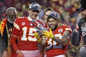 Chiefs, 49ers roll to Super Bowl berths