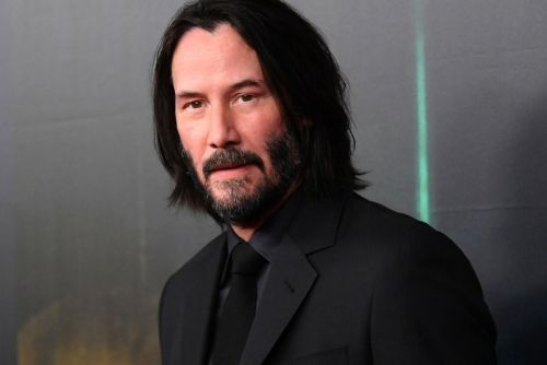 Keanu Reeves Is Auctioning a One-on-One Zoom Call