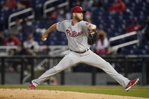 Phillies rally off Nats closer Hand, collect 5-2 win in 10th