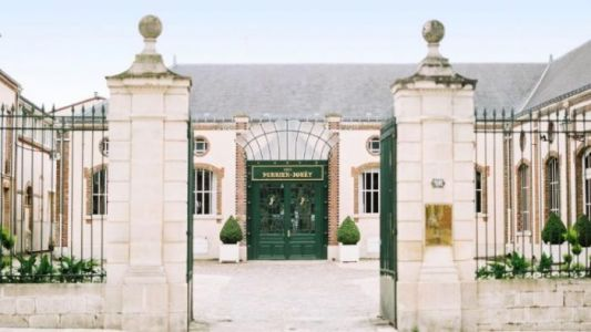 Perrier-Jouët Unveils Belle Epoque Society Summer Experience