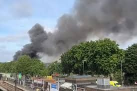 Massive fire broke out at London shopping center