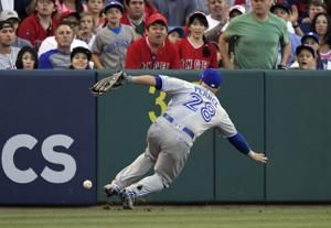 Solid outing by Heaney leads Angels past Blue Jays 2-1