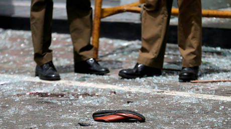 Six bombing targets: Christian churches & luxury hotels hit by deadly Sri Lankan blasts