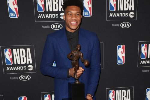 Giannis Antetokounmpo Scores the 2019 NBA MVP Award