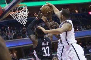 Dinwiddie, Russell help Nets get first win without LeVert
