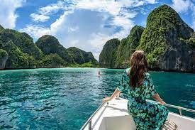 Thailand to allow vaccinated tourists from more than 40 countries