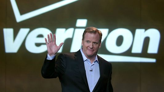 NFL agrees to streaming package with Verizon